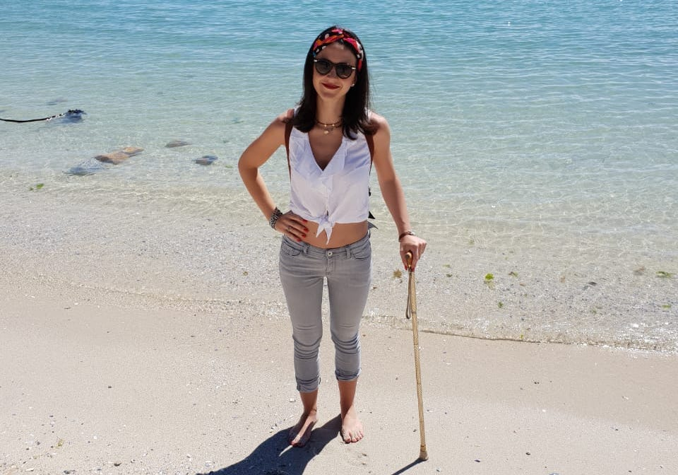 using-a-cane-with-chronic-illness